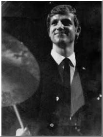 Drummereboy im Nylonhemd aus dem Westen
